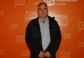 Ricardo Varona - UVI Móvil para Guardo