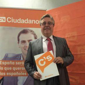 José María Atienza critica que el Ayuntamiento de Ampudia se haga cargo de dos trabajadores de una empresa privada